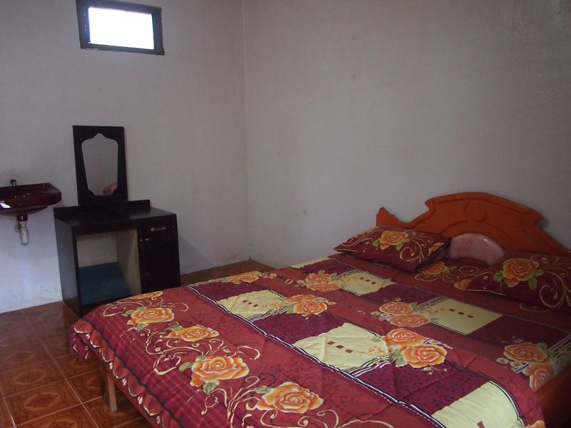 Bed at Maria Inn
