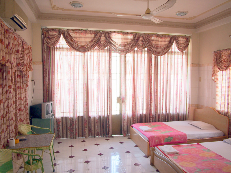 Bedroom at Phung Hoang Hotel