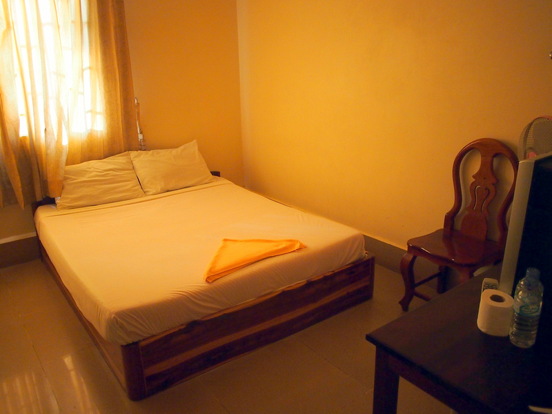 Shang Hai Guest House - bed