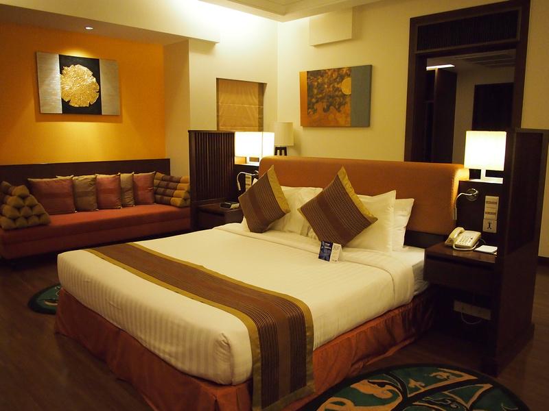 Bedroom - Radisson Blu Plaza Resort Phuket Panwa Beach
