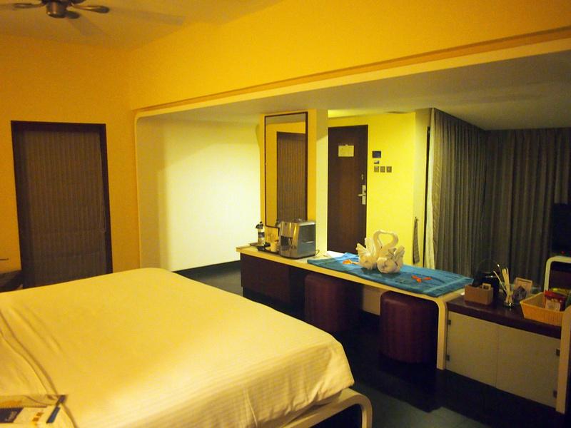 Villa Bedroom - Radisson Blu Resort Temple Bay Mamallapuram