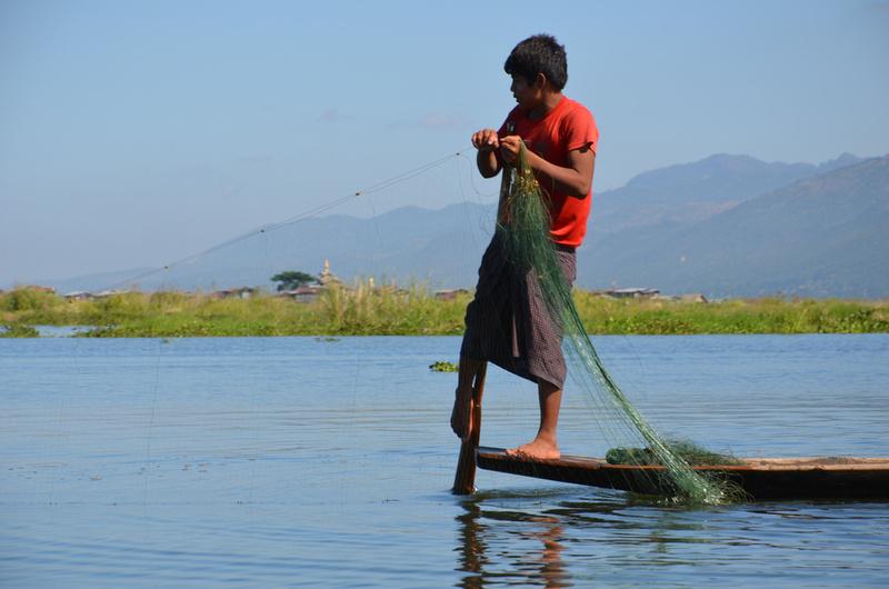 Leg rower, Inle Lake - Myanmar