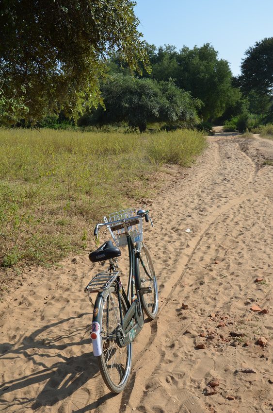 Sandy roads of Bagan