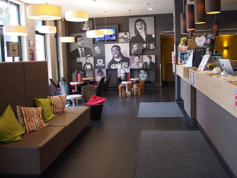 Lobby - Meininger Hotel