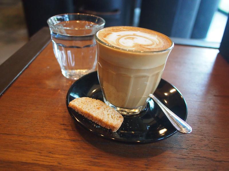 Caffe Latte at Moose Espresso in Bali