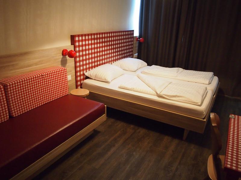 Bed - MEININGER Hotel Salzburg City Center