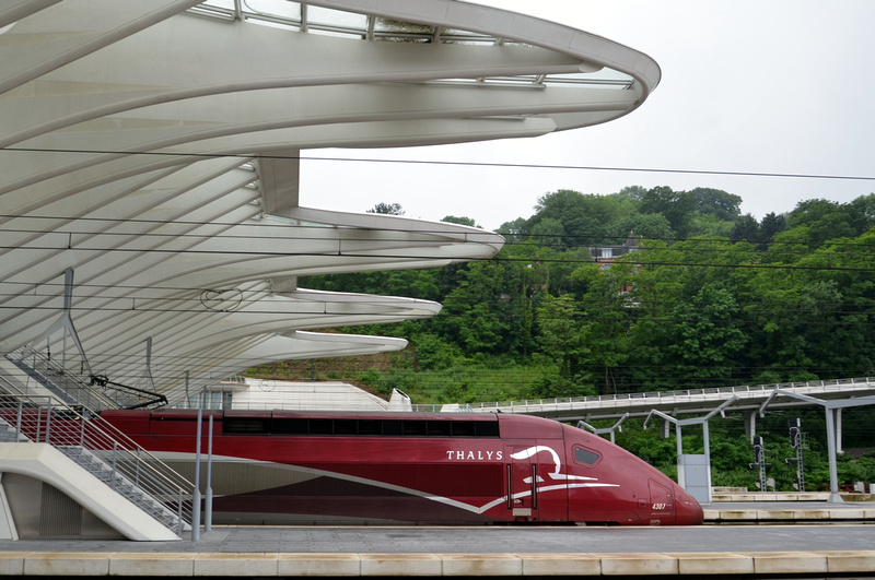 Thalys departing Liège-Guillemins station