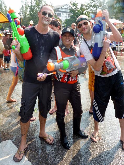 Songkran Chiang Mai - water fighting police