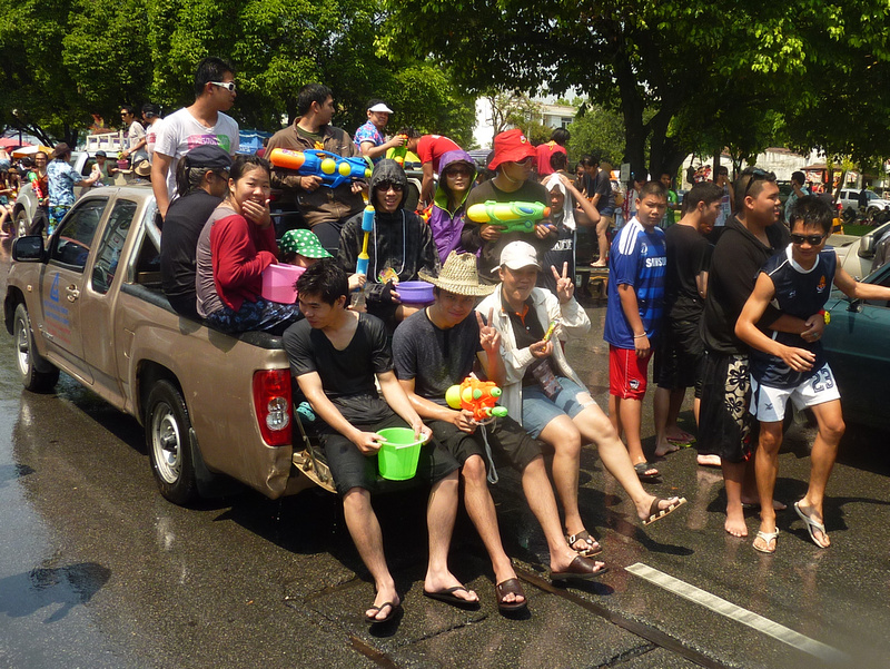Songkran Chiang Mai - tailgate party