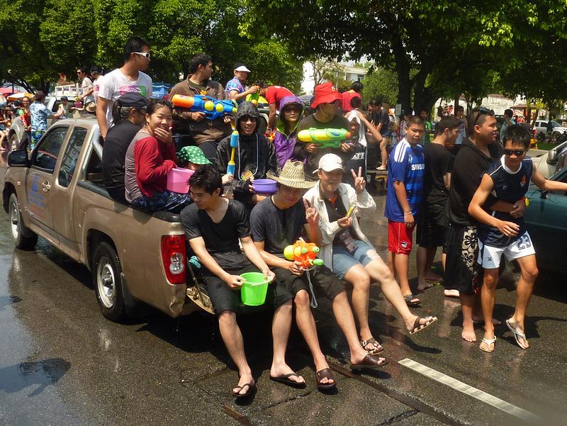 Songkran Chiang Mai - tailgate party