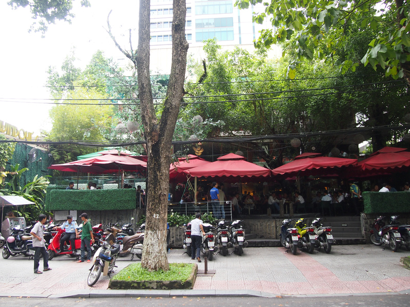 Windows 4 Cafe: Ho Chi Minh City