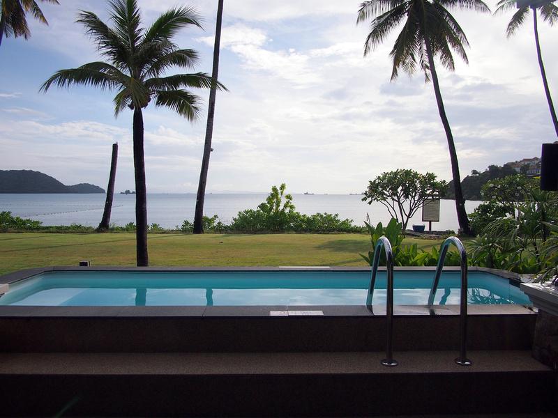 Private Swimming Pool - Radisson Blu Plaza Resort Phuket Panwa Beach