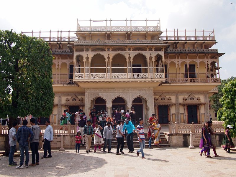 City Palace Crowds Jaipur