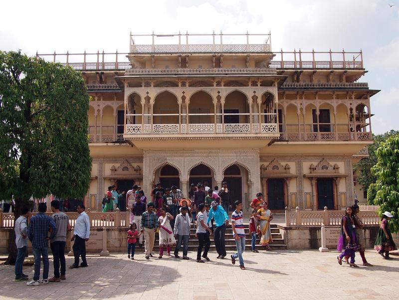 City Palace Crowds Jaipur