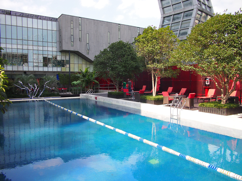 Swimming Pool - Radisson BLU Pudong Century Park