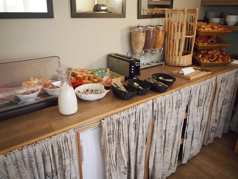 Breakfast - Hôtel Rouen Cathédrale