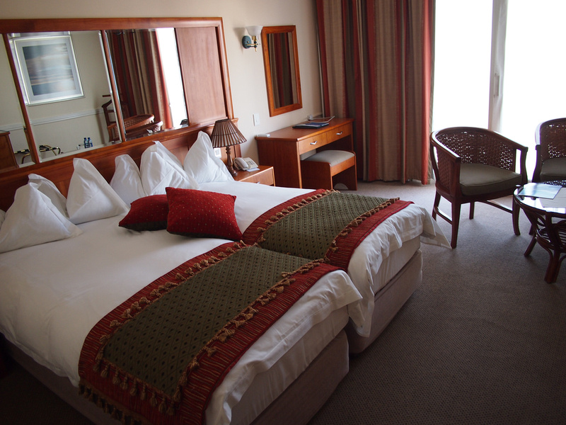 Hansa Hotel bedroom