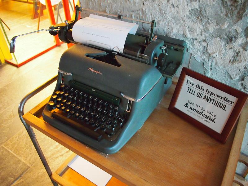 Feedback Typewriter
