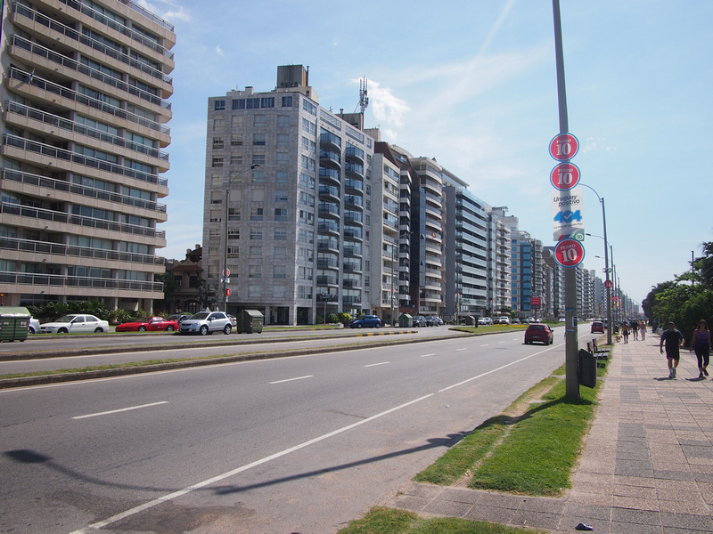 Apartments on The Rambla