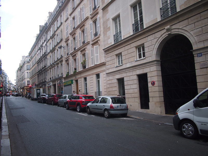 Rue Jean Baptiste Pigalle