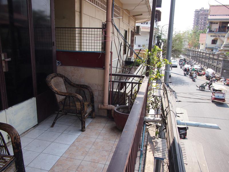 Longlin House I Balcony