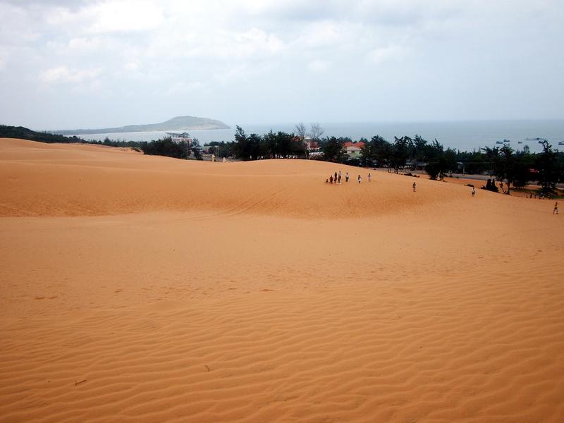 Red Sand Dunes - Mui Ne