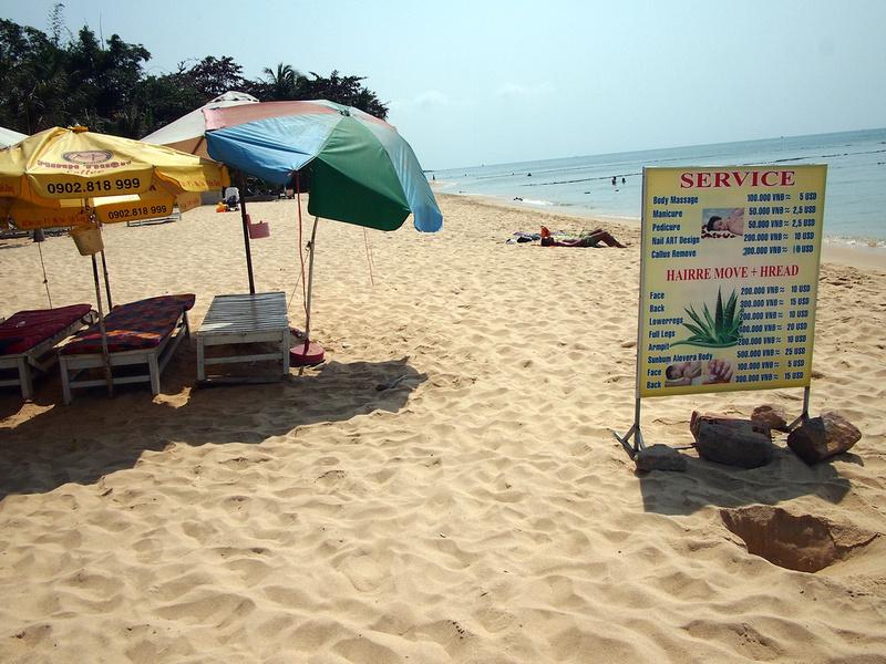 Beach massage - Phu Quoc