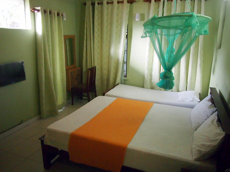 Golden Bridge Guest House - bedroom