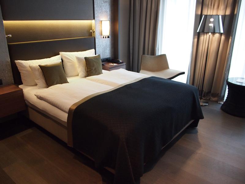 Bed at Steigenberger Hotel Am Kanzleramt