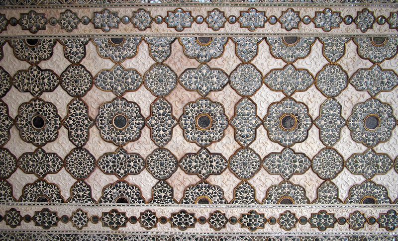 Ceiling at Hall of private audience - Amber Fort